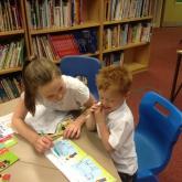 Park_Primary_School_Reading_Buddies2